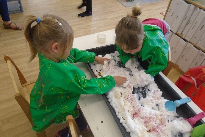 Messy Stay and Play Open Day