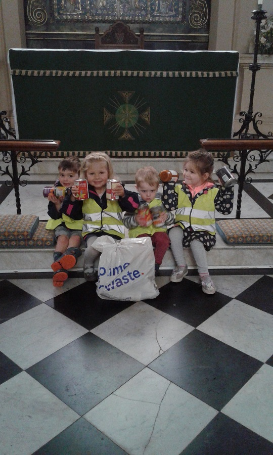 Pre-school two have been learning about and getting ready for the harvest festival. We took a walk to our local church to donate our Harvest Hamper that the parents have kindly donated.