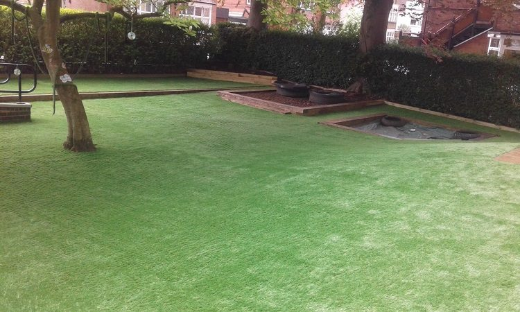 Hinckley – Under 2s garden refurb complete!
