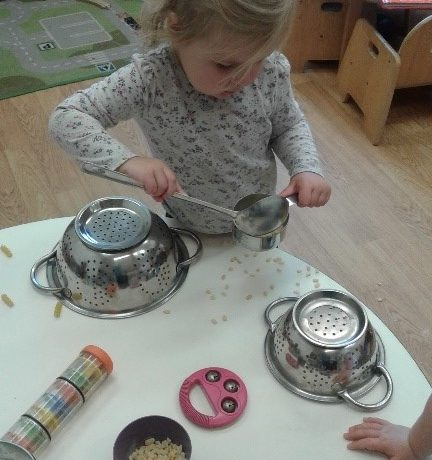 Stourbridge – Pre-toddlers explore sound