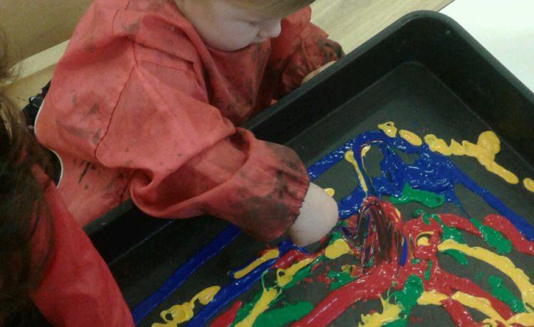 Hinckley – Artistic Toddlers!