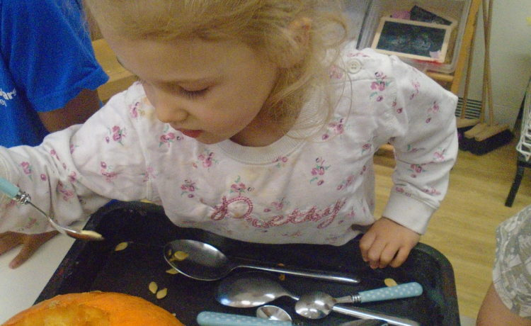 Gloucester – Creative Pumpkin Carving in Pre-School