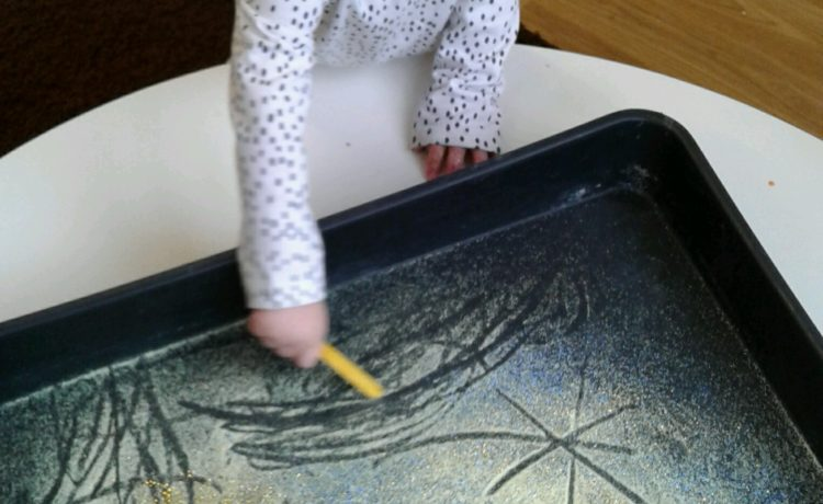 Hinckley – Making Marks & Getting Messy!