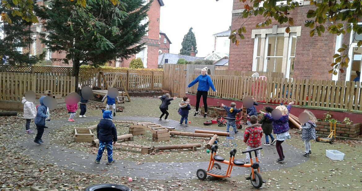 Getting active and using a break from the rain to get outdoors, Worcester preschool have really enjoyed keeping fit by participating in a range of different exercises including, star jumps, stretches, running on the spot and more!