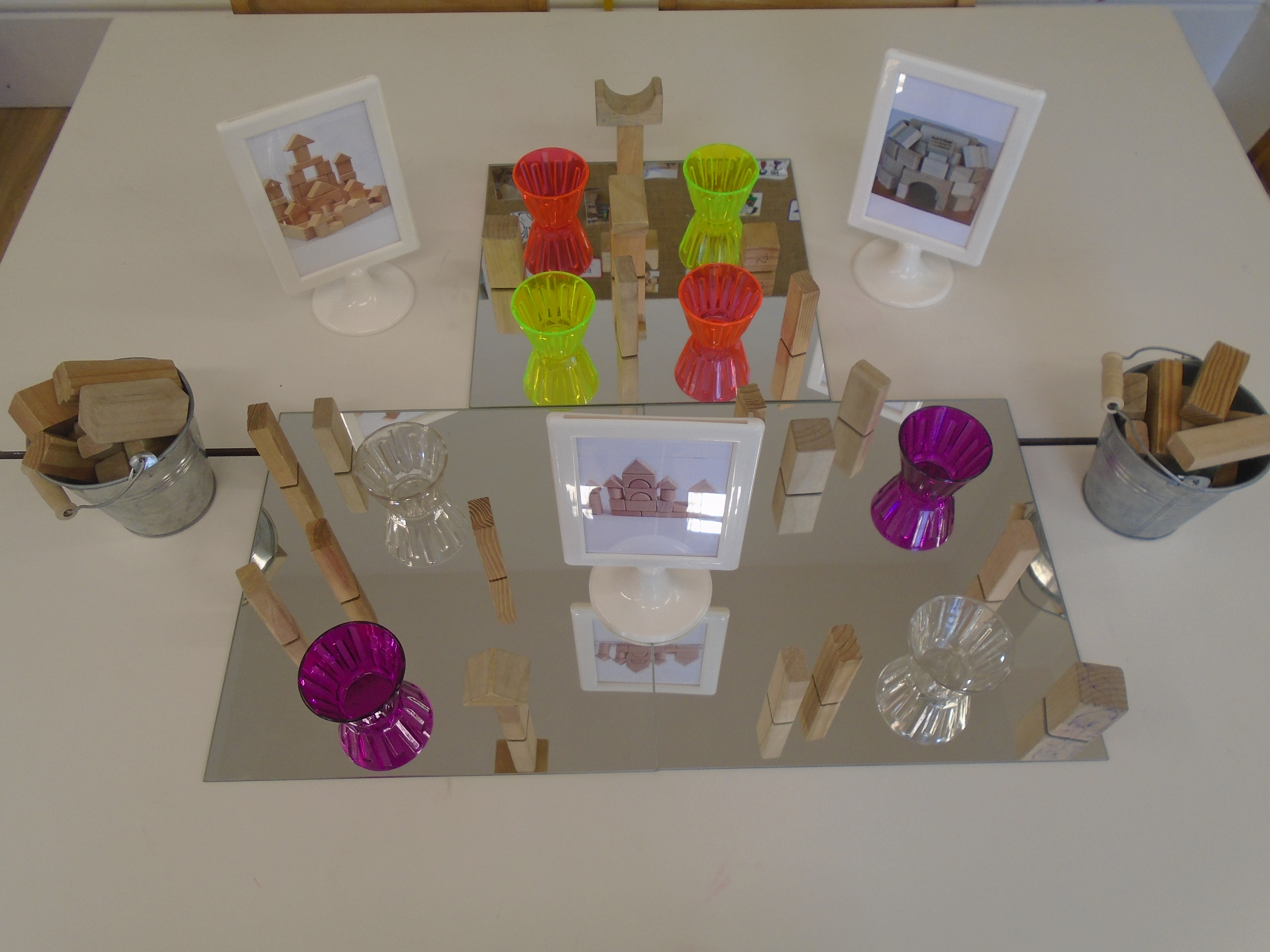 Gloucester Pre-school have been looking at photos of different buildings and structures, then using the ideas they have seen to make arrangements with all types of shapes