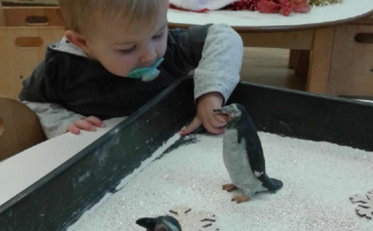 Hinckley – Babies Sensory Winter Wonderland