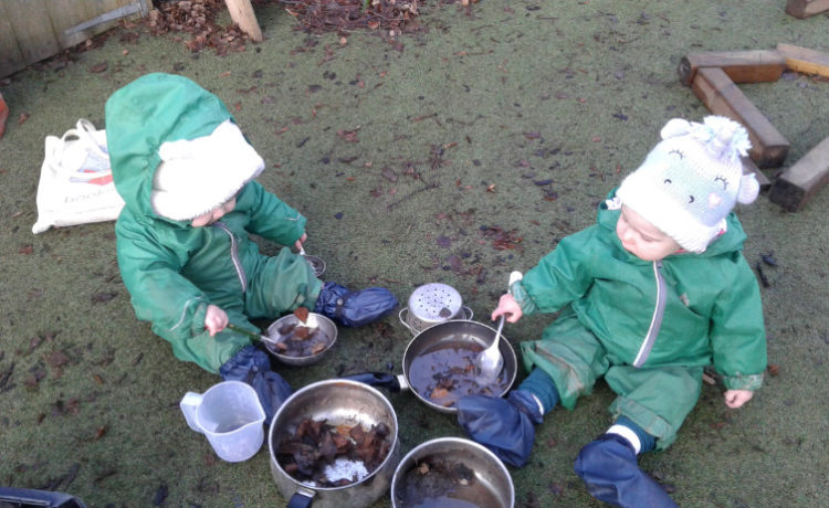 Stourbridge – Babies Explore Outdoors