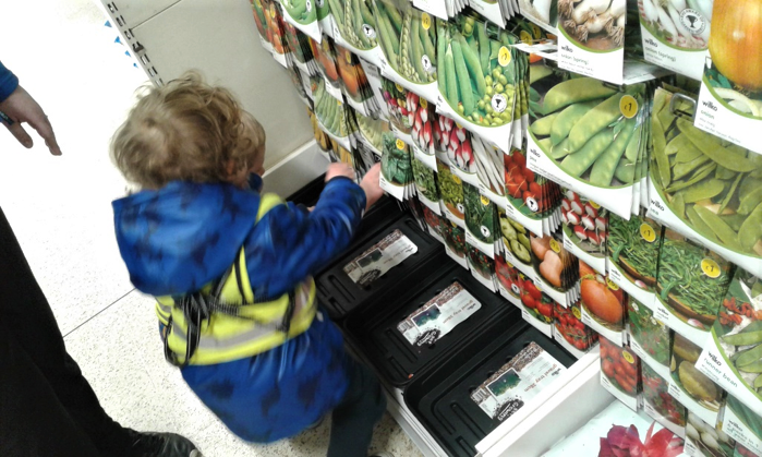 Stourbridge – Pre-School Take A Seed Shopping Trip