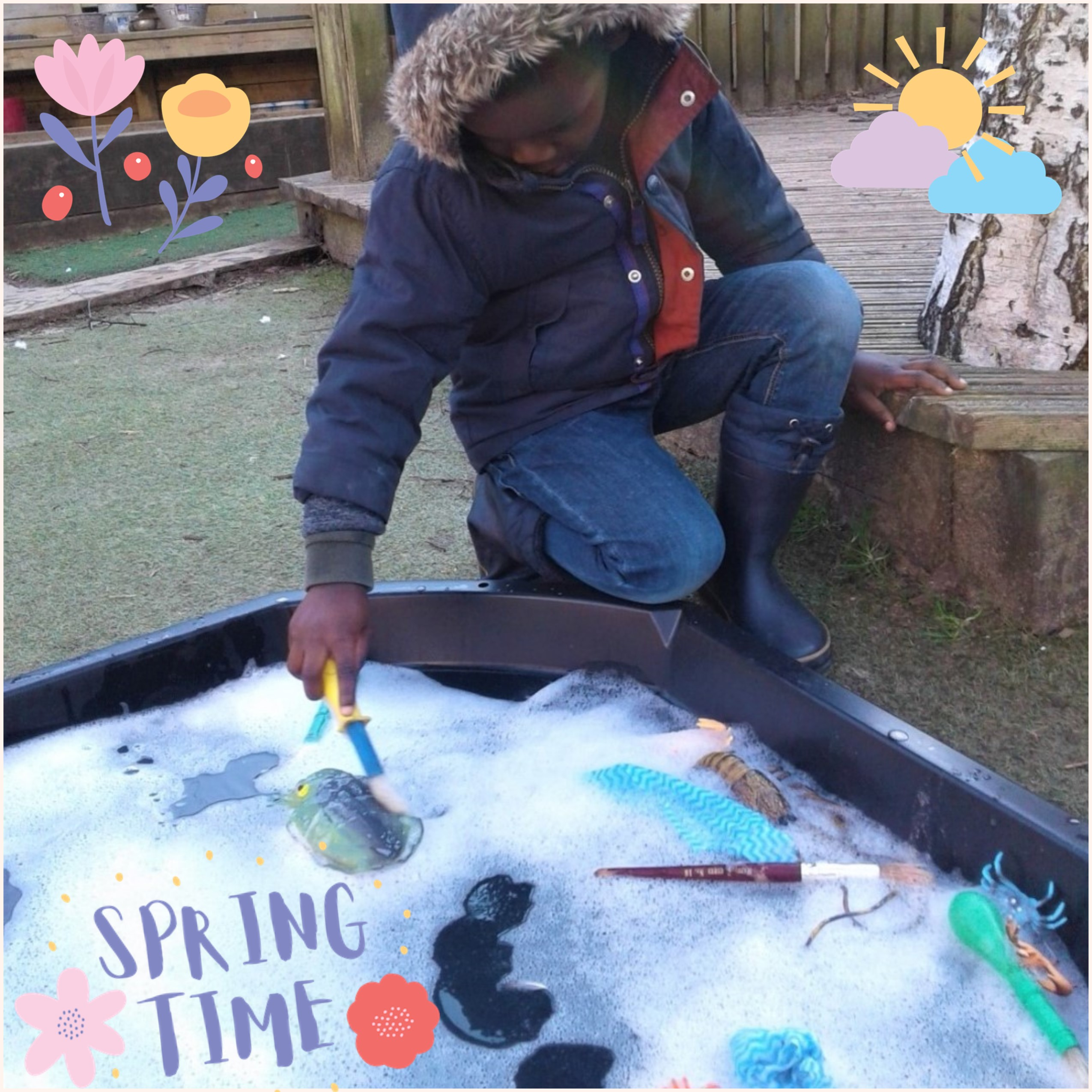 Shooting Stars have been enjoying the beautiful Spring sunshine in our garden this week and taking full advantage of the weather by exploring lots of water play activities.
