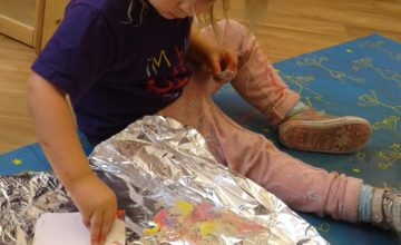 Its been a busy week exploring shadows, creating natural wreaths and using toothbrushes to paint on foil.