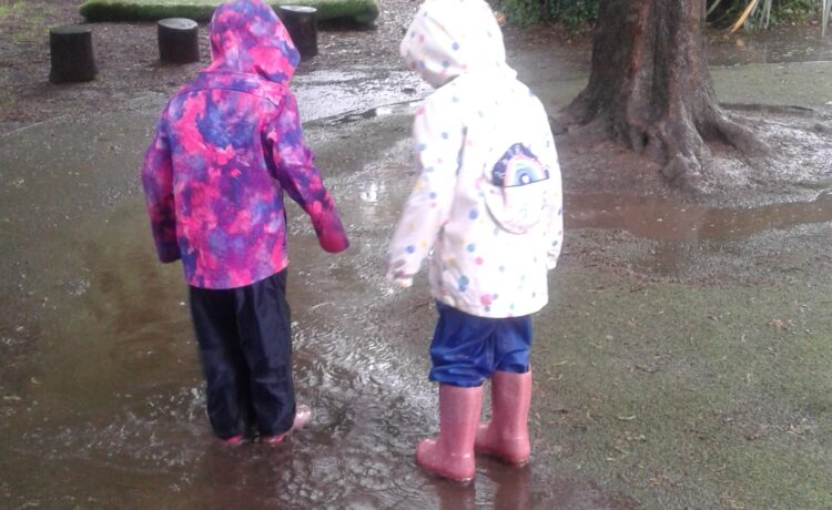 Hinckley – Rainy Day Fun!
