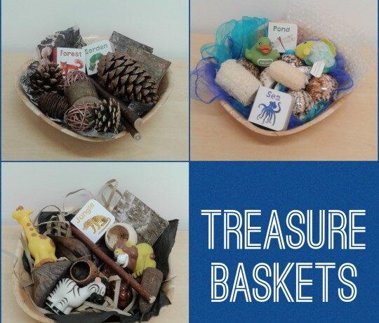 Worcester – Exploring treasure baskets