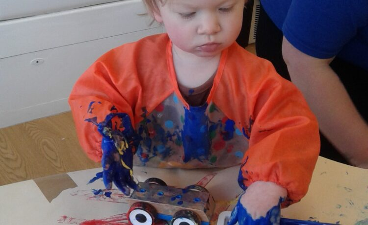 Bromsgrove – Messy mark-making in motion!